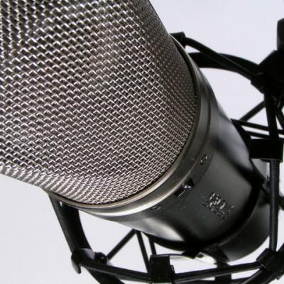 microphone0-2-1424939-640x480-400x400