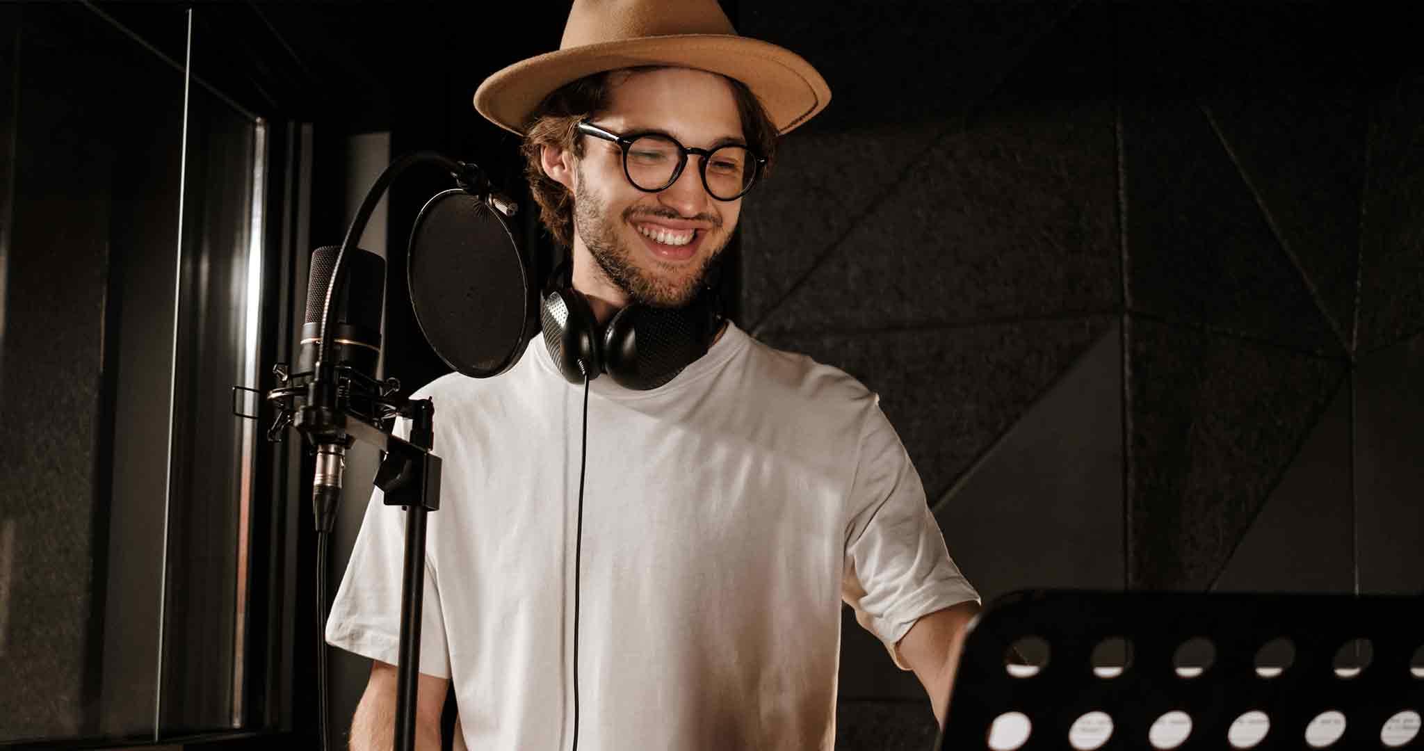 glasgow-recording-studio-singer